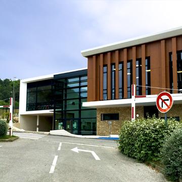 Salles omnisports et Gymnase – PEYPIN (13)